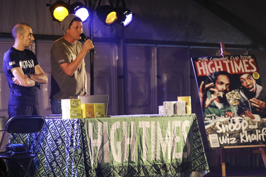 Seminar van 'King of Cannabis' en Franco van Greenhouse (© Gonzo media)