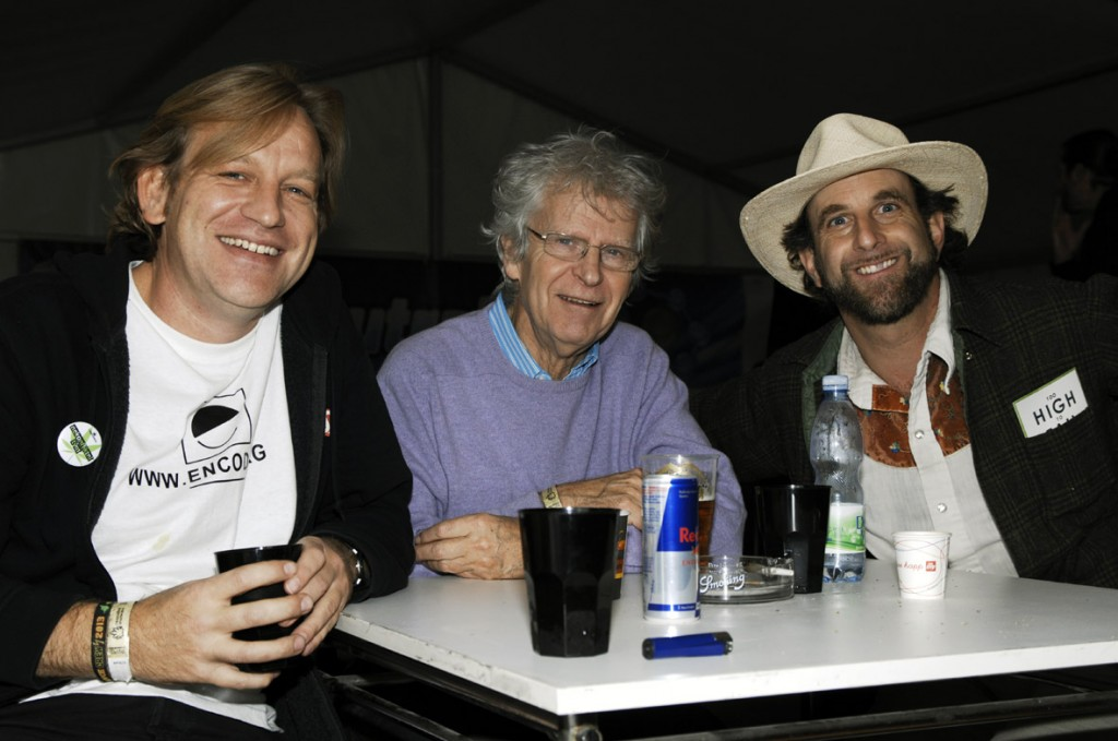 Left to right: VOC's Derrick Bergman, Freek Polak and Doug Fine (© Gonzo media)
